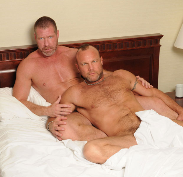 Lee Denim and Chad Brock - BarebackThatHole.com