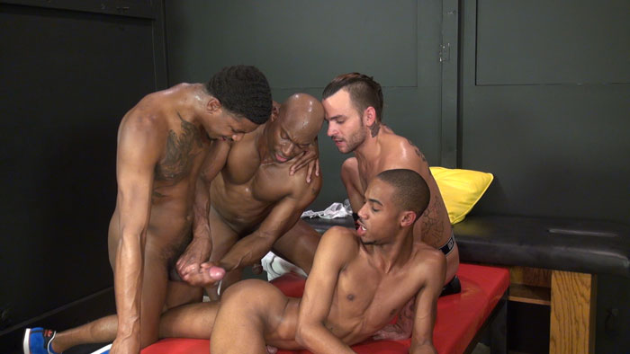 Champ Robinson, Lukas Cipriani, Knockout and Tigger Redd - Bareback Box