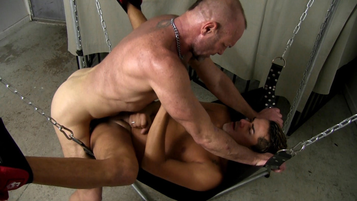 Cesar Xes and Chad Brock - Bareback Me Daddy