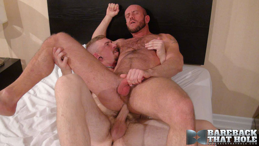 Jeff Kendall and Matt Stevens - Bareback That Hole