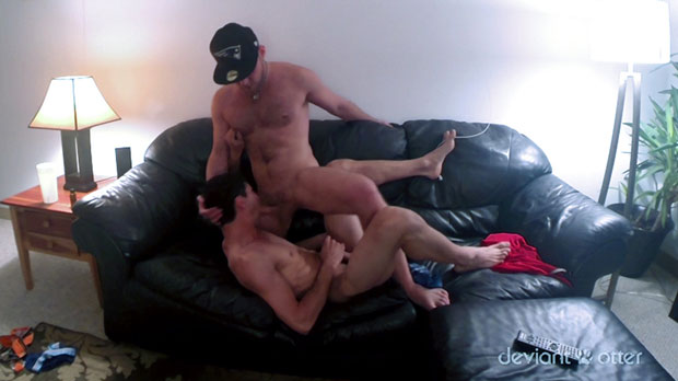 Watch Devin Totter and Lucky have bareback sex at Deviant Otter
