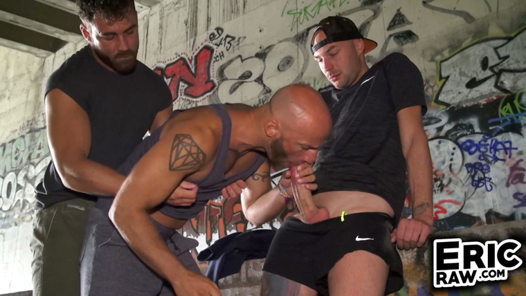 Logan Moore, Aymeric Deville and Lenny - Eric Raw