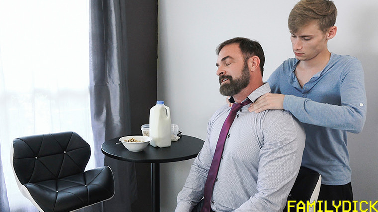 Oliver Star and Kristofer Weston - Family Dick