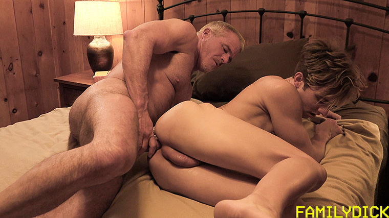 Dale Savage and Bar Addison - Family Dick