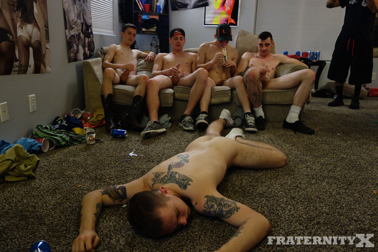Ethan Cock, Charlie, Kris, Cowboy and Timothy Drake - FraternityX