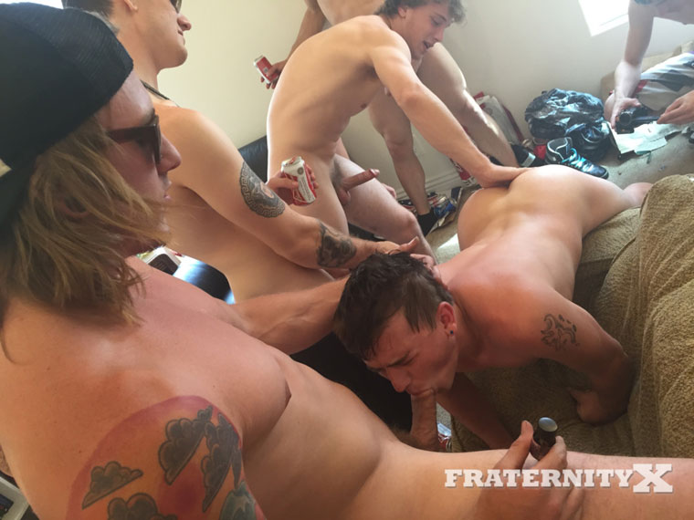 Watch Troy, Tyler, Tom, Orlando, Alex and Blake having bareback sex at FraternityX