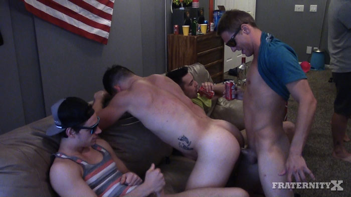 Kyle, Gauge Xander, Russel and Michael Del Ray - FraternityX