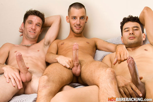 Watch Gabriel D'Alessandro, Gio Ryder and RJ Cummings have bareback sex at Hot Barebacking