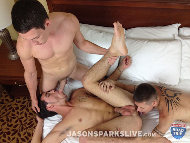 Watch Gage Bentley, Dillon Anderson and Tanner Bradley have bareback sex at Jason Sparks Live