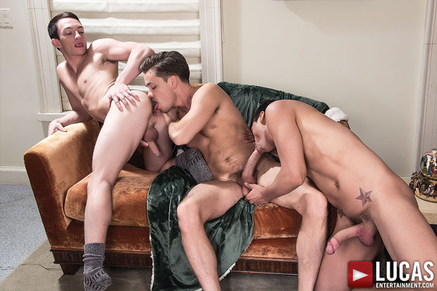 Watch Tanner Bradley, Santiago Figueroa and Lucas Knight have bareback sex at Lucas Entertainment