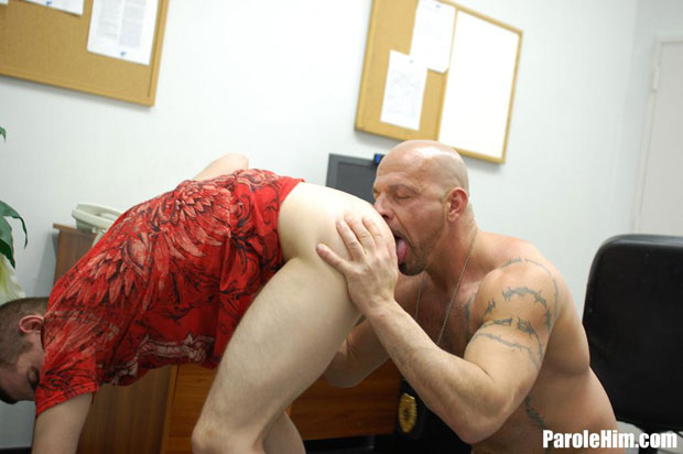 Watch Anthony Mose and Officer Thompson have bareback sex at Parole Him