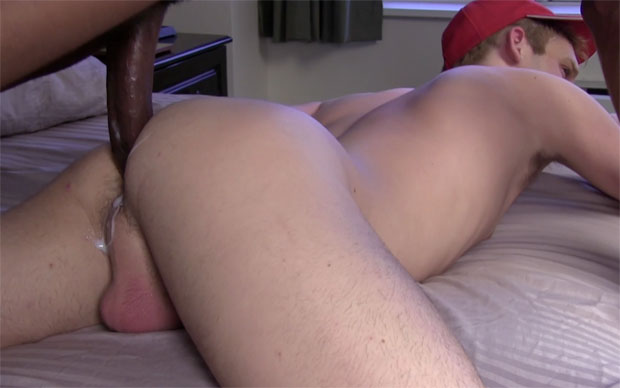 Watch Chase Coxxx and Aaron Summer have bareback sex at Raw Fuck Club