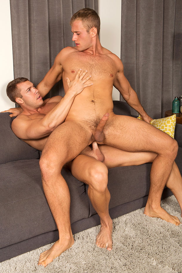 Watch Brody and Blake have bareback sex at Sean Cody