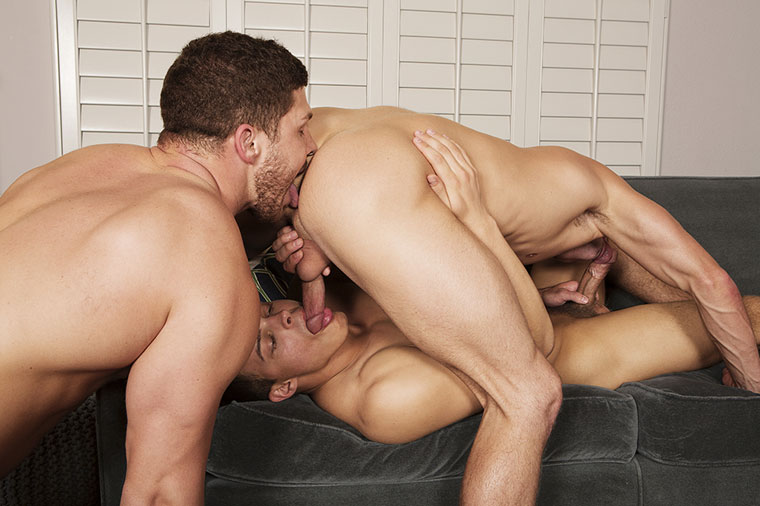 Watch Jayden, Brodie and Dean barebacking at Sean Cody