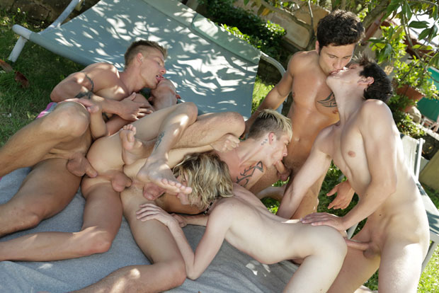 Brad Fitt, Connor Levi, Damien Dickey, Rudy Bodlak, Tim Walker and Timmy Taylor - Staxus.com
