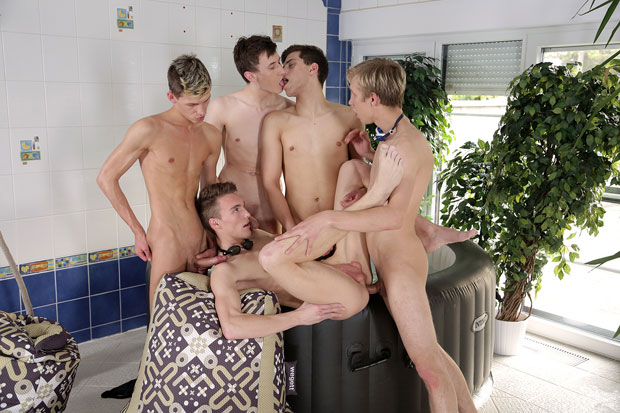 Watch Brad Fitt, Jace Reed, Mike James, Ryan Olsen and Sven Laarson have bareback sex at Staxus