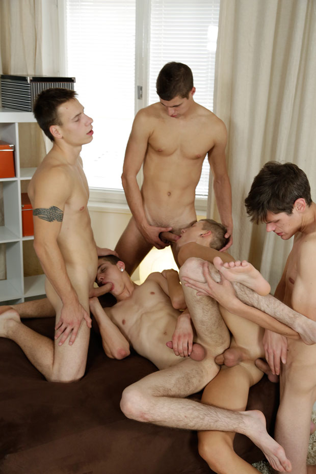 Watch Brad Fitt, Tim Law, Timmy Taylor, Rudy Valentino and Dick Casey have bareback sex at Staxus