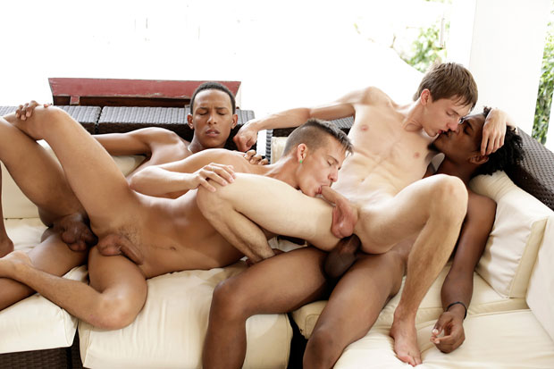 Watch David Hanson, Felipe Esquivel, Kurt Maddox and Lloyd Goldwyn have bareback sex at Staxus