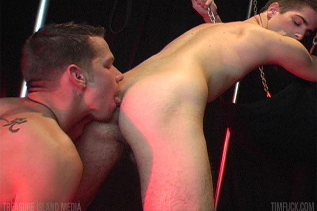 Watch Shane Frost and Ryan Foxxx have bareback sex at TIMFuck