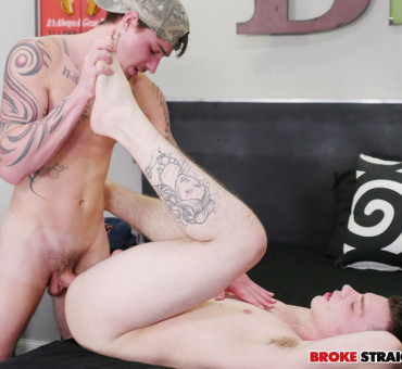 Broke Straight Guy's Ass gets Pumped Full of Raw Cock and Loaded with Cum