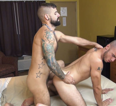 Two Horny Studs Take Turns Barebacking Each Other in the Ass