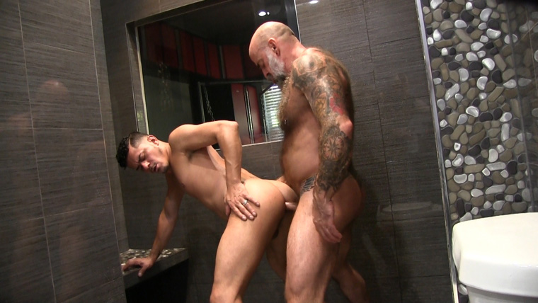 Nate Pierce and Cesar Xes - Victor Cody XXX