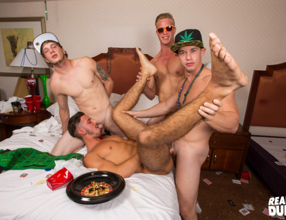 Four Horny Jocks Decide to Play a Sexual Game of Bareback Roulette