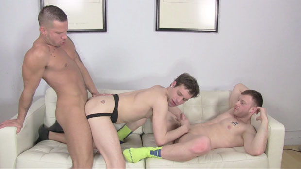Two Power Tops Use their Raw Muscles to Bareback a Lucky Bottom