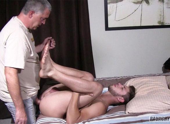 Straight Virgin Jock gets Pursued by a Porn Producer and Gives Up His Hole